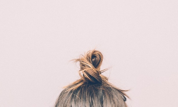 Frisur spannt Haarausfall Risiko