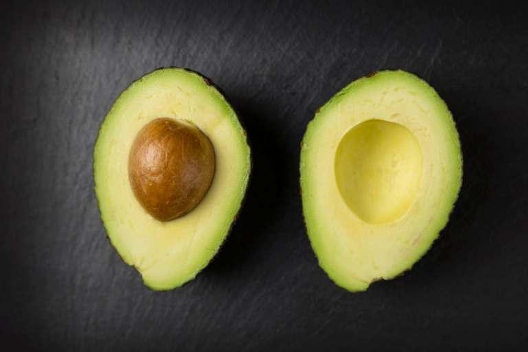 Avocado-Kur für die Haare