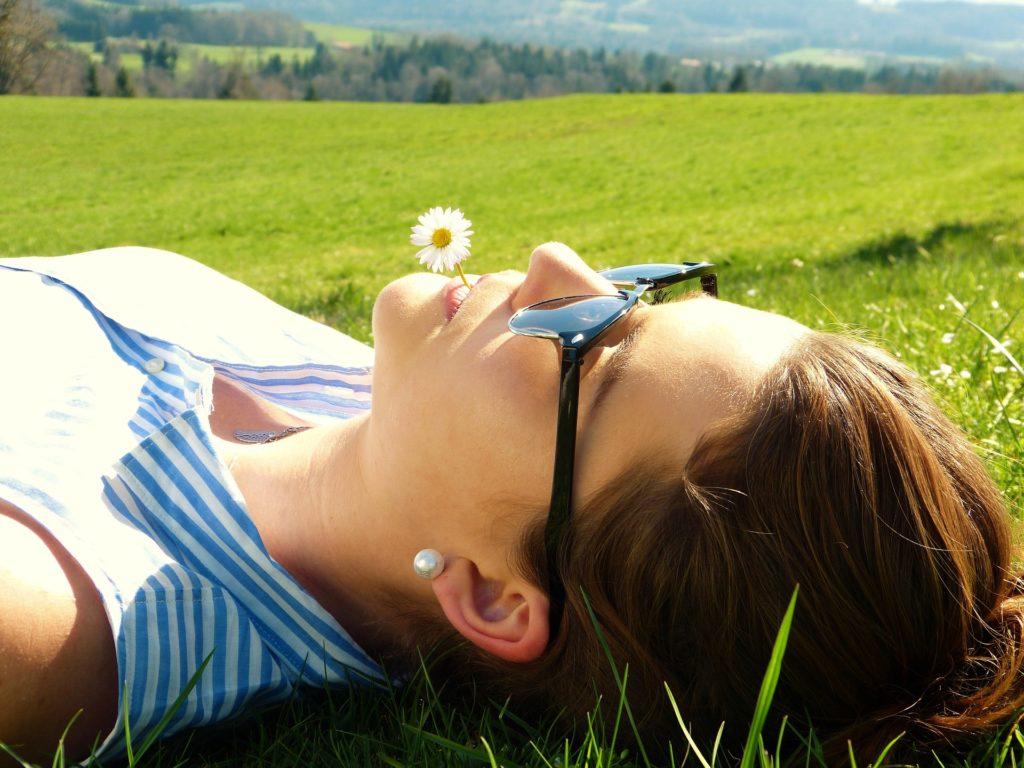 Bei stressbedingtem Haarausfall hilft Entspannung