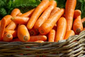 gesunde Haare gesunde Ernährung Karotten